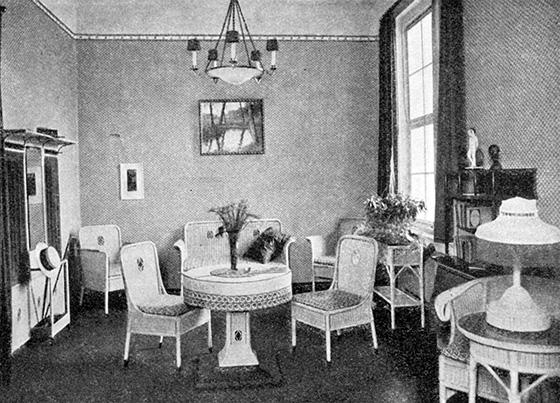 Fotografie: Muster-Wartezimmer. Voggenberger, Fritz: sonderausstellung für Krankenhausbau. Frankfurt a.M. 1913.