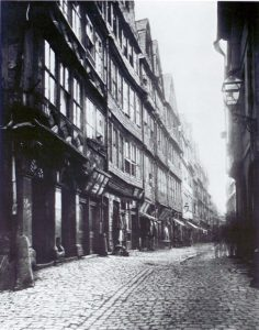 """Photography: Frankfurt """"Judengasse"""", partial view, about 1868."""